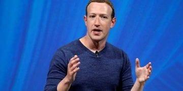 Zuckerberg promete una reconversión de Facebook con WhatsApp como referencia