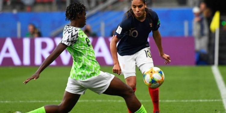 Derrota de Nigeria ante la anfitriona Francia