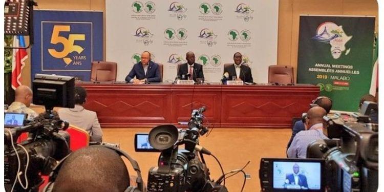 Rueda de prensa conjunta entre el Presidente del BAD Akinwumi Adesina y el Ministro de Hacienda, Economía y Planificación Cesar Augusto Mba Abogo