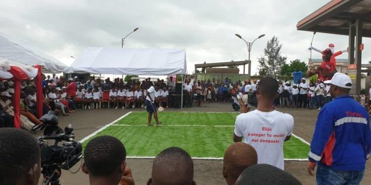 """La empresa TOTAL Guinea Ecuatorial ha celebrado el concurso """"Toques al Balón"""""""