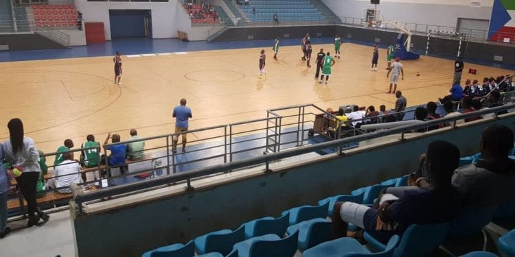 """Los veteranos de baloncesto de Guinea Ecuatorial participan en la I Edición del """"Trofeo Veteranos 3 de agosto"""""""