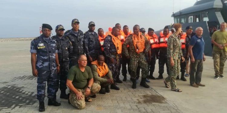 Se ha accidentado este lunes una avioneta militar en la que viajaban siete personas