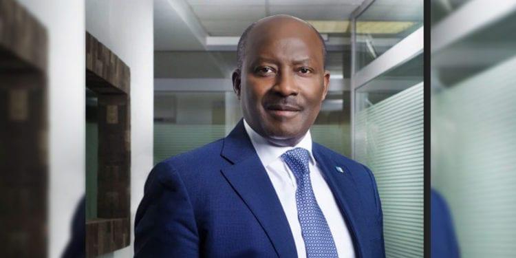 Henri Claude OYIMA, elegido como presidente de la Bolsa de Valores de Africa Central