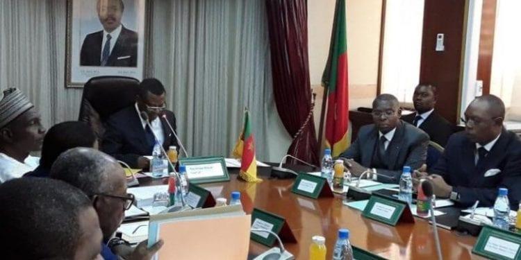 Camerún prohibirá 50 productos de importación para favorecer a la industria local en una docena de sectores
