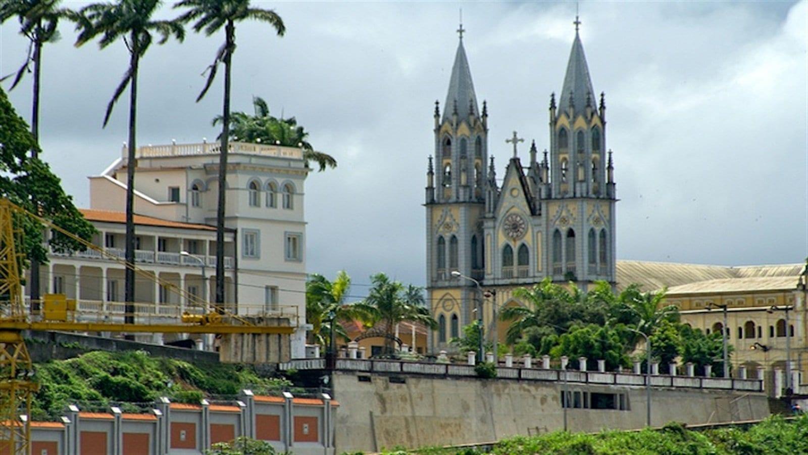 Catedral de Santa Isabel, Malabo Capital de Guinea Ecuatorial
