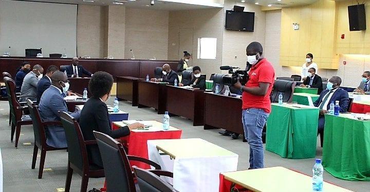 El impacto del Covid-19 situaría la economía de Guinea Ecuatorial en un -5,2% o -8,7% hasta diciembre