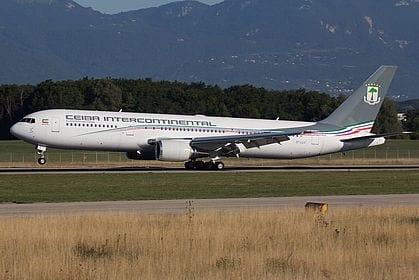 Un avión de Ceiba Intercontinental regresa al aeropuerto de Malabo tras dos horas de despegar