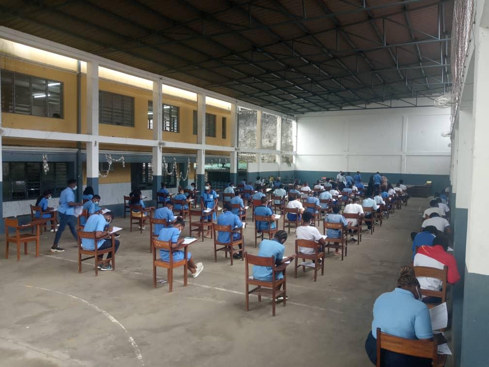 Arranca la selectividad con 4.730 alumnos inscritos a la prueba de acceso a la Universidad en Guinea Ecuatorial.