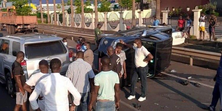 Accidente de tráfico en la vieja autovia Malabo - Aeropuerto