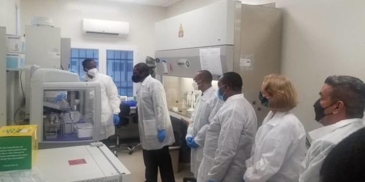 Covid-19: Demostración del EPPENDORF en el laboratorio de Baney