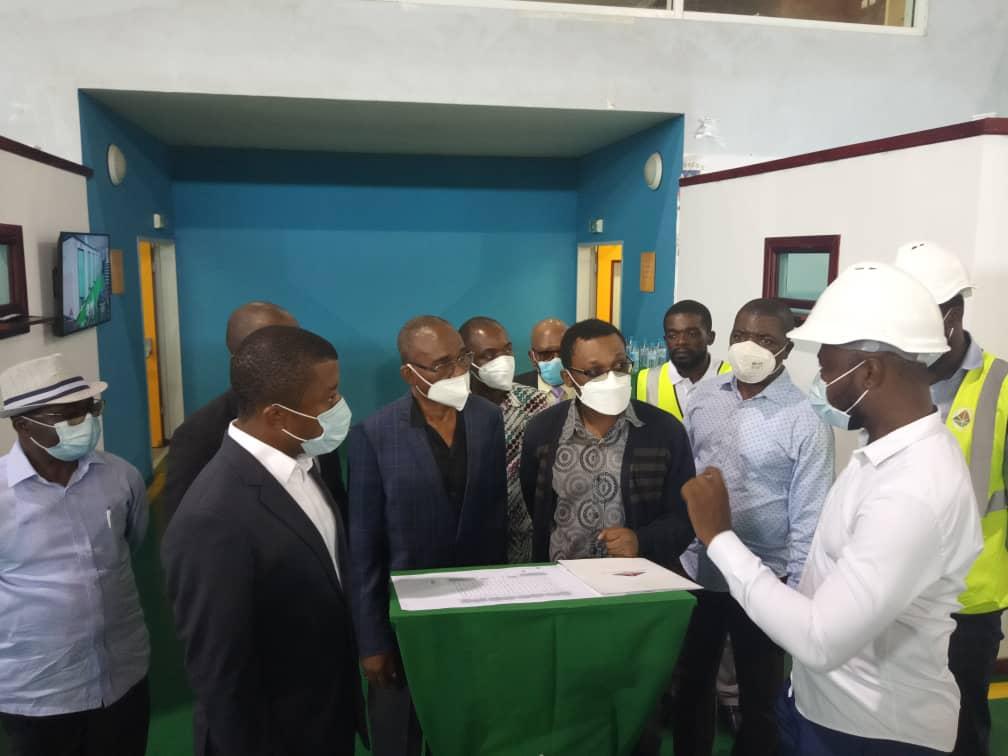 El gobierno instala dos pabellones de aislamiento temporal para enfermos de coronavirus