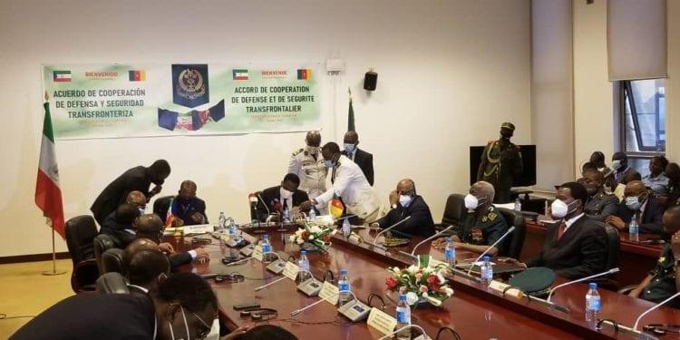 Guinea Ecuatorial y Camerún firman un acuerdo de colaboración en defensa y seguridad transfronteriza.