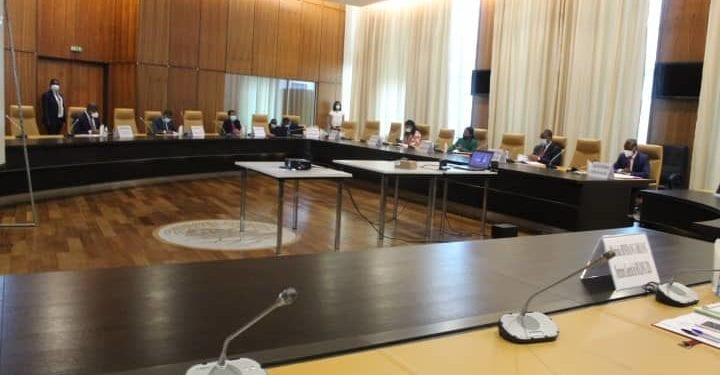 El Comité Económico y Financiero Nacional de G.E (CEFN), se reúne por segunda vez en sesión ordinaria
