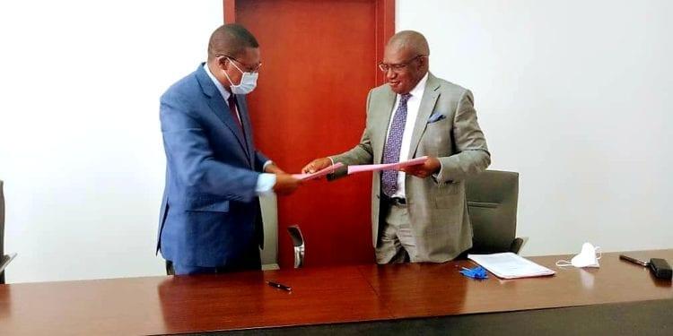 Alfredo Mitogo Mitogo Ada recibe las funciones de Ministro de Trabajo, Fomento de Empleo y Seguridad Social