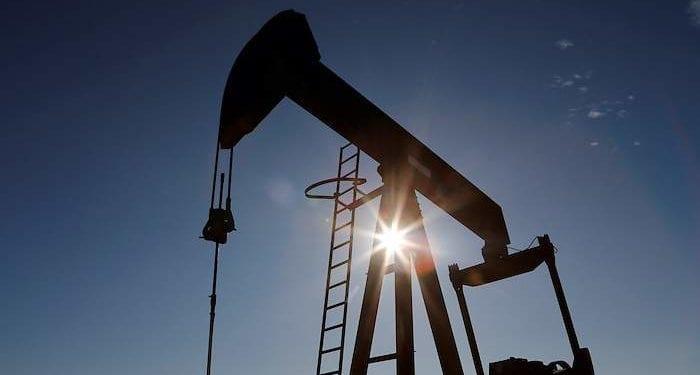 Petróleo a la baja a ritmo de Covid