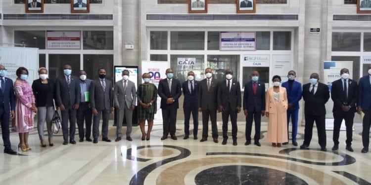 Guinea Ecuatorial y el BDEAC firman dos acuerdos para financiar el sector sanitario y de una bonificación para reducir la deuda del Gobierno con el banco