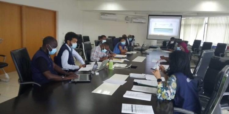Sanidad organiza un taller a los periodistas sobre el manejo de la información de la pandemia