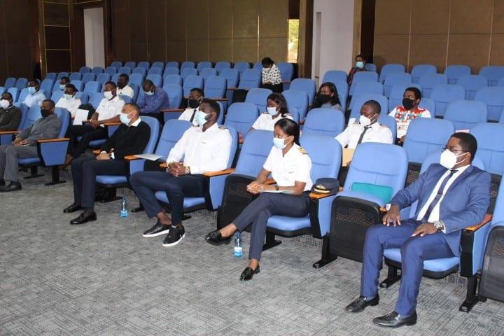 Aviación Civil abre las puertas a los 15 ecuatoguineanos especialistas en mantenimiento de aviones