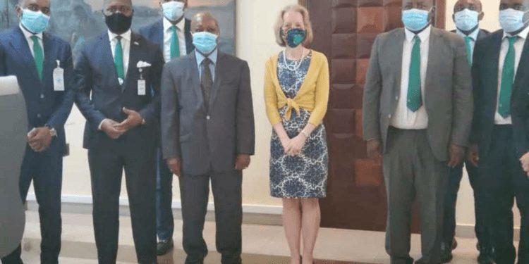 """""""BANGE está influyendo mucho en el desarrollo de Guinea Ecuatorial"""": Susan Stevenson, Embajadora de EEUU en Guinea Ecuatorial."""
