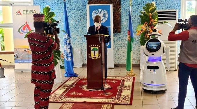 Lo Ultimo: Lanzamiento del equipo de 5 robots para reforzar el control y prevención de la COVID19 en aeropuertos y hospitales