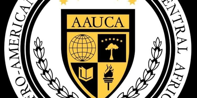 El Gobierno Ofrece Becas a los 5 primeros estudiantes de cada centro secundario