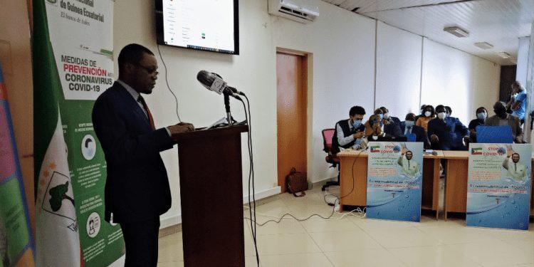 """""""Los nuevos casos registrados en los establecimientos sanitarios justifican que el virus sigue entre nosotros"""": Mitoha Ondo'o Ayekaba"""