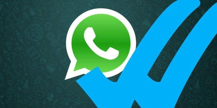 El truco de WhatsApp para leer mensajes, escuchar audios y responder sin que te delate el tick azul