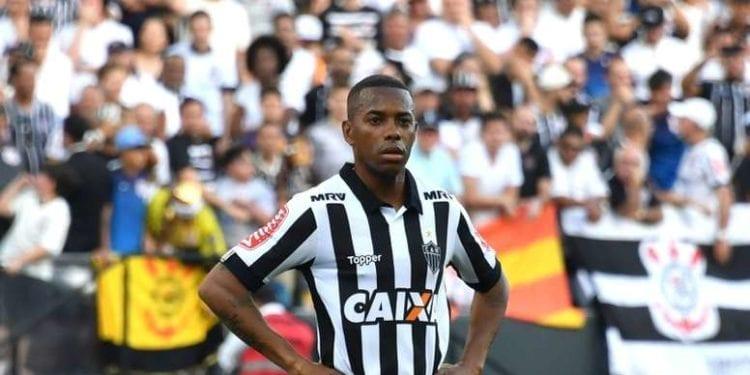 ¡Robinho podría cobrar 1,5 euros al mes para volver a Santos!