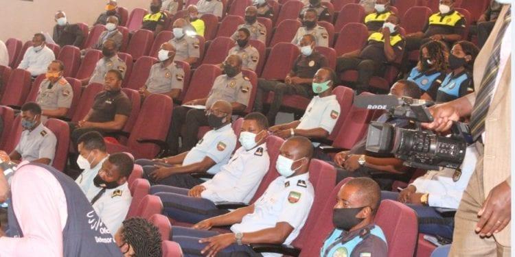 Clausura del seminario sobre los derechos humanos dirigido a los policías y gendarmes