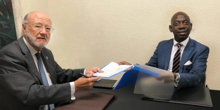 el Representante Permanente de Guinea Ecuatorial ante la Unión Europea participa como observador en las elecciones de Bolivia