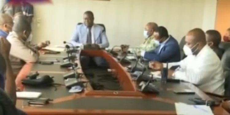El ministerio de seguridad se reorganiza para luchar contra la delincuencia y abusos administrativos.
