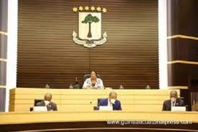 Senado: Informe de la comisión ad-hoc sobre la Ley de Puertos