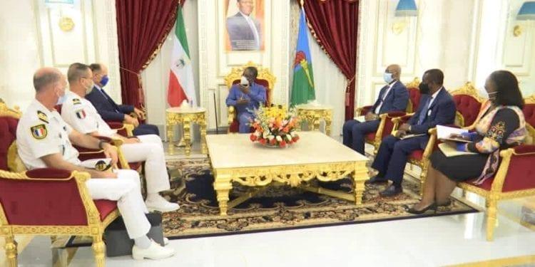 Guinea Ecuatorial y Francia buscan estrategias para frenar los ataques piratas en el Golfo de Guinea