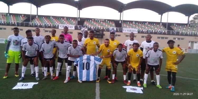 En Guinea Ecuatorial también se le ha rendido un homenaje a Maradona