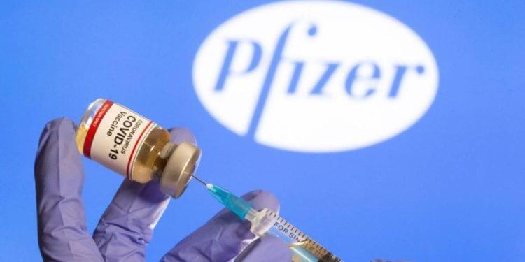 COVID-19: Las primeras dosis de la vacuna llegarán a los hospitales británicos en 10 días, según 'The Guardian'