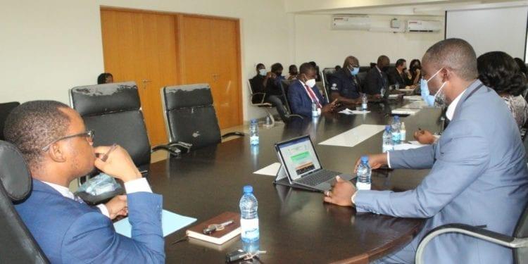 Guinea Ecuatorial podría relajar de nuevo la movilidad interdistrital