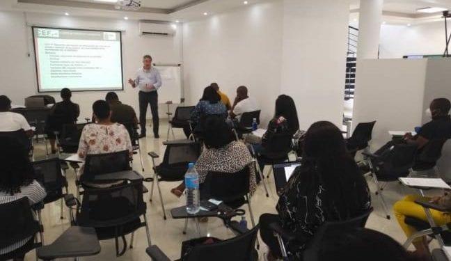 BANGE Business School lanza sus primeros programas en Finanzas y Gestión Empresarial