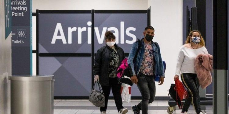 El Reino Unido prohibió la llegada de vuelos desde 14 países de América Latina a partir de este viernes