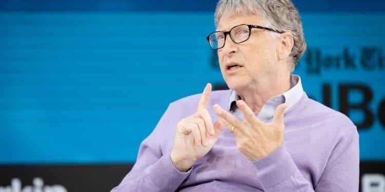Bill Gates responde a quienes le acusan de crear el coronavirus