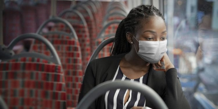 Es realmente efectiva la Doble mascarilla para protegerse contra el coronavirus