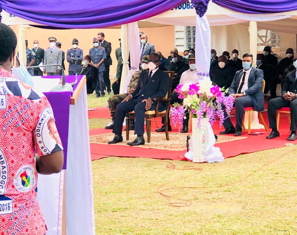 Los restos mortales de Vicente Mba Asumu, Baltasar Nzeng Mesian y Raúl Abia Micha reciben la santa sepultura