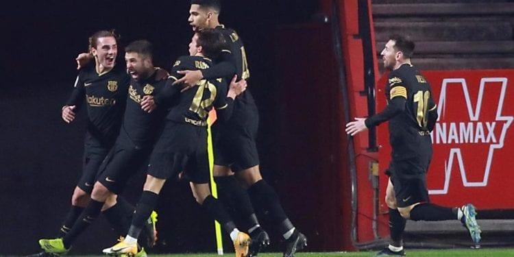 Un Barça épico se agarra a la Copa en una noche loca con 8 goles