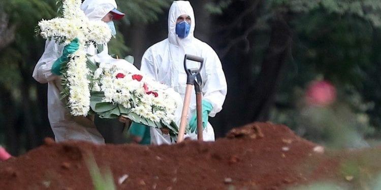 Brasil bate récord de muertes tras registrar una media de 1.105 decesos diarios en la última semana
