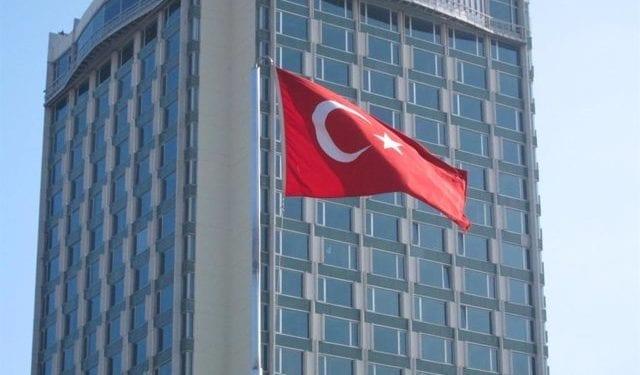 Turquía vuelve a bloquear la supervisión de la UE del embargo de armas impuesto por Naciones Unidas a Libia