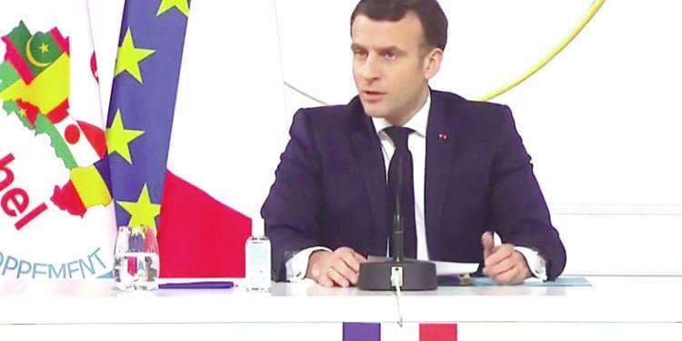 """Emmanuel Macron: """"El Estado Islámico ha perdido el control"""""""