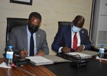 Guinea Ecuatorial y Nigeria firma un memorándum de entendimiento en materia de gas y la piratería