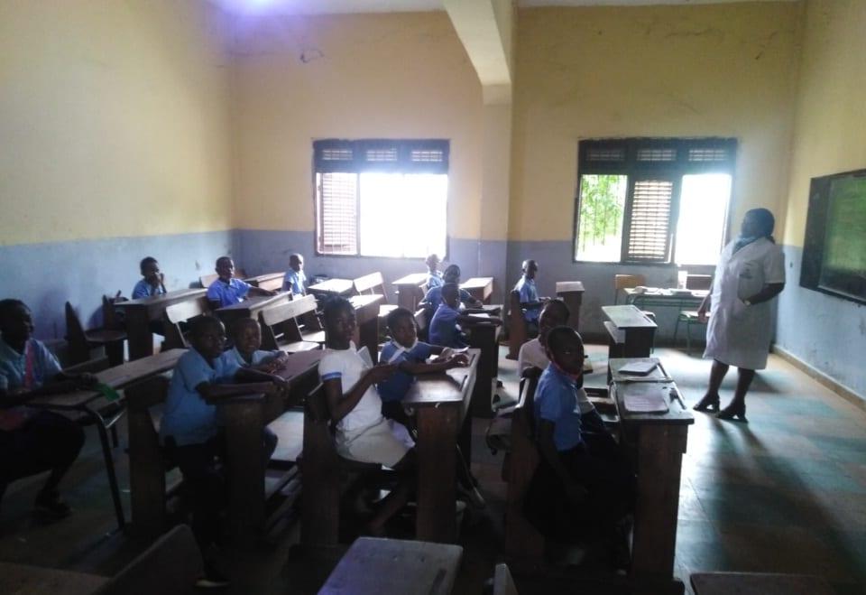 Se reinicia las clases presenciales en Malabo sin ninguna pronunciación oficial del Ministerio de Educación