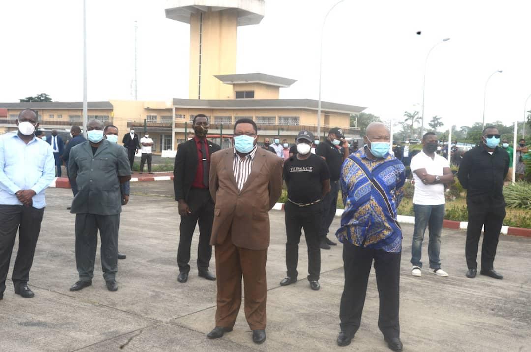 Llegan a Guinea Ecuatorial los restos mortales del Senador Batho Obama Nsue Mangue