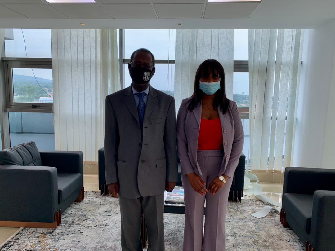 ALOGO LAW FIRM ofrece sus servicios a la Fundación Constancia Mangue Nsue Okomo
