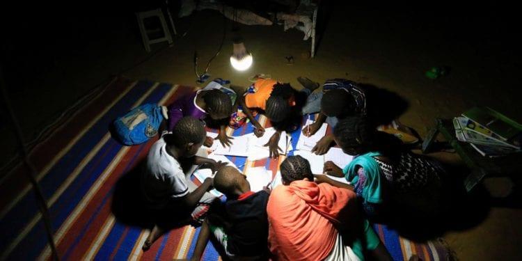 La tasa de acceso a la electricidad en África creció un 12% entre 2015 y 2019